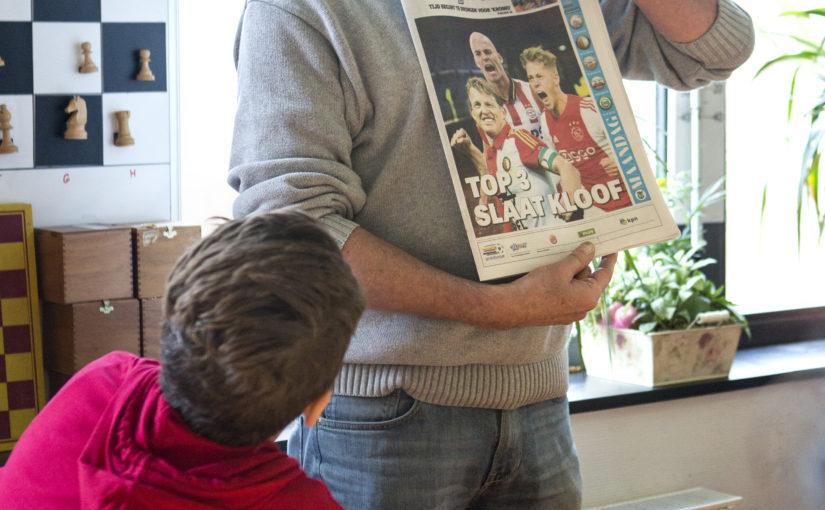 Voorlezen uit de krant